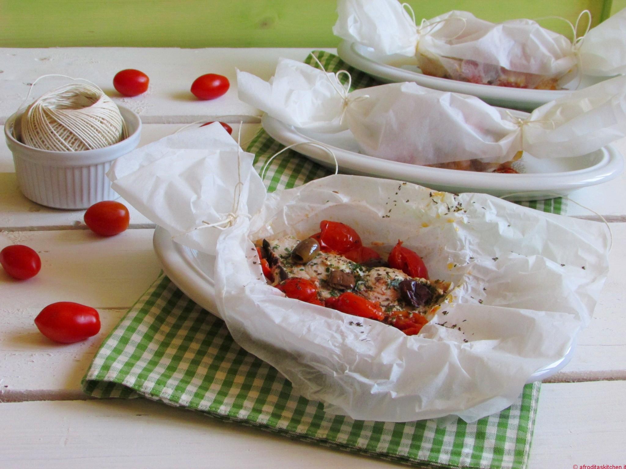 Calendario del Cibo Italiano: Pesce spada al cartoccio con erbe aromatiche, pomodori datterini ed olive taggiasche