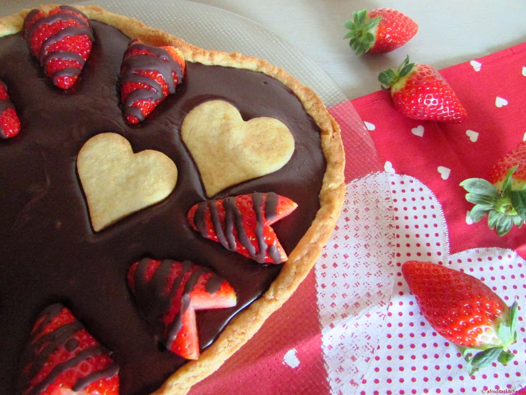 Crostata speciale con ganache al cioccolato e fragole