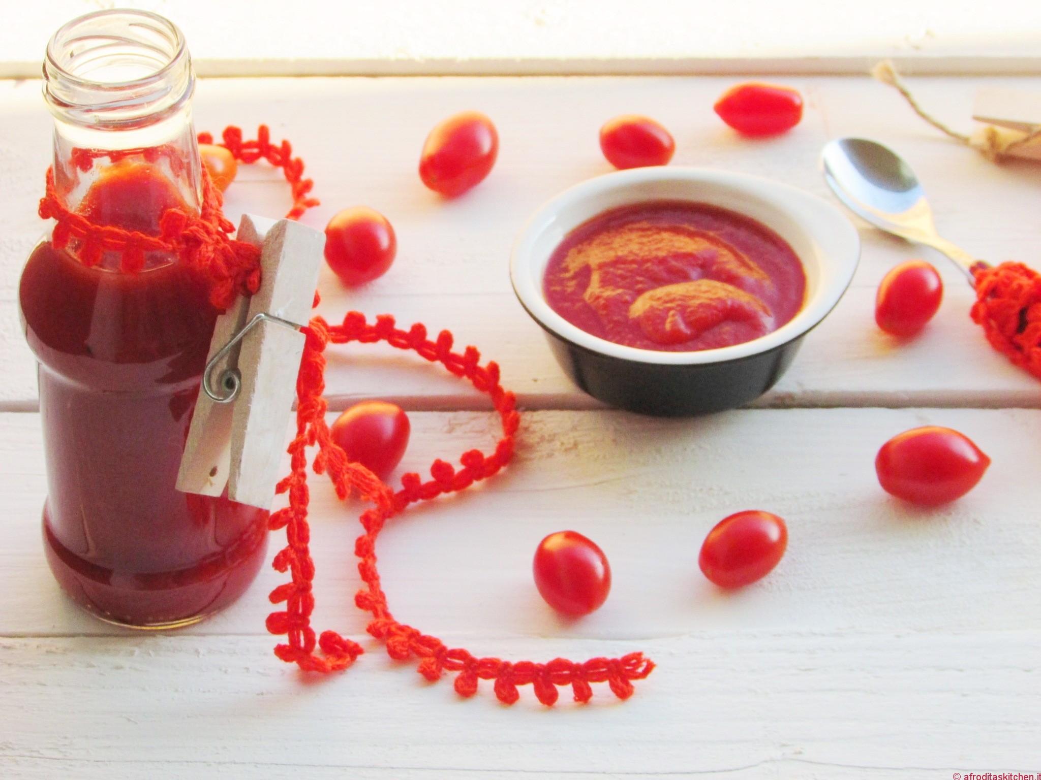 Ketchup aromatico fatto in casa