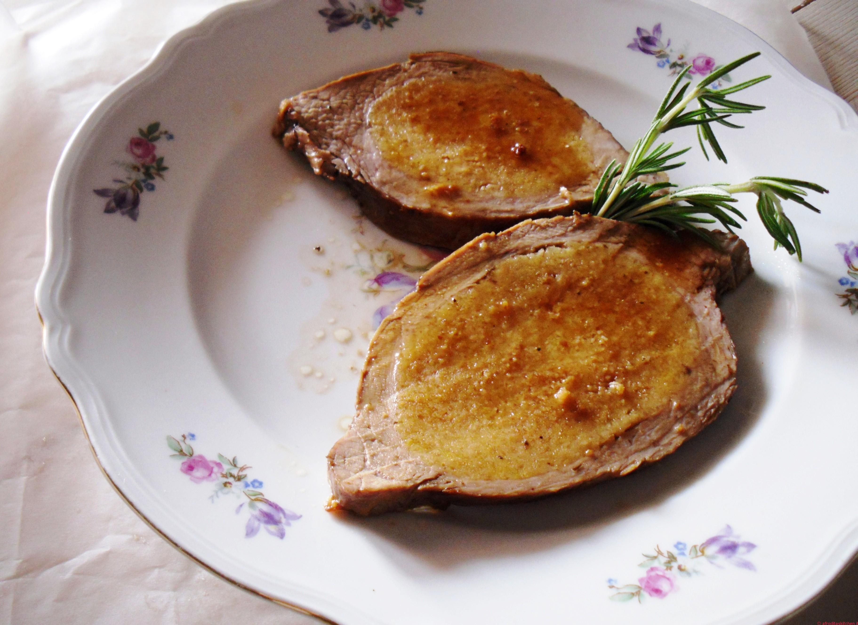 La Picaia o punta di vitello ripiena al forno, un must della cucina tipica parmigiana