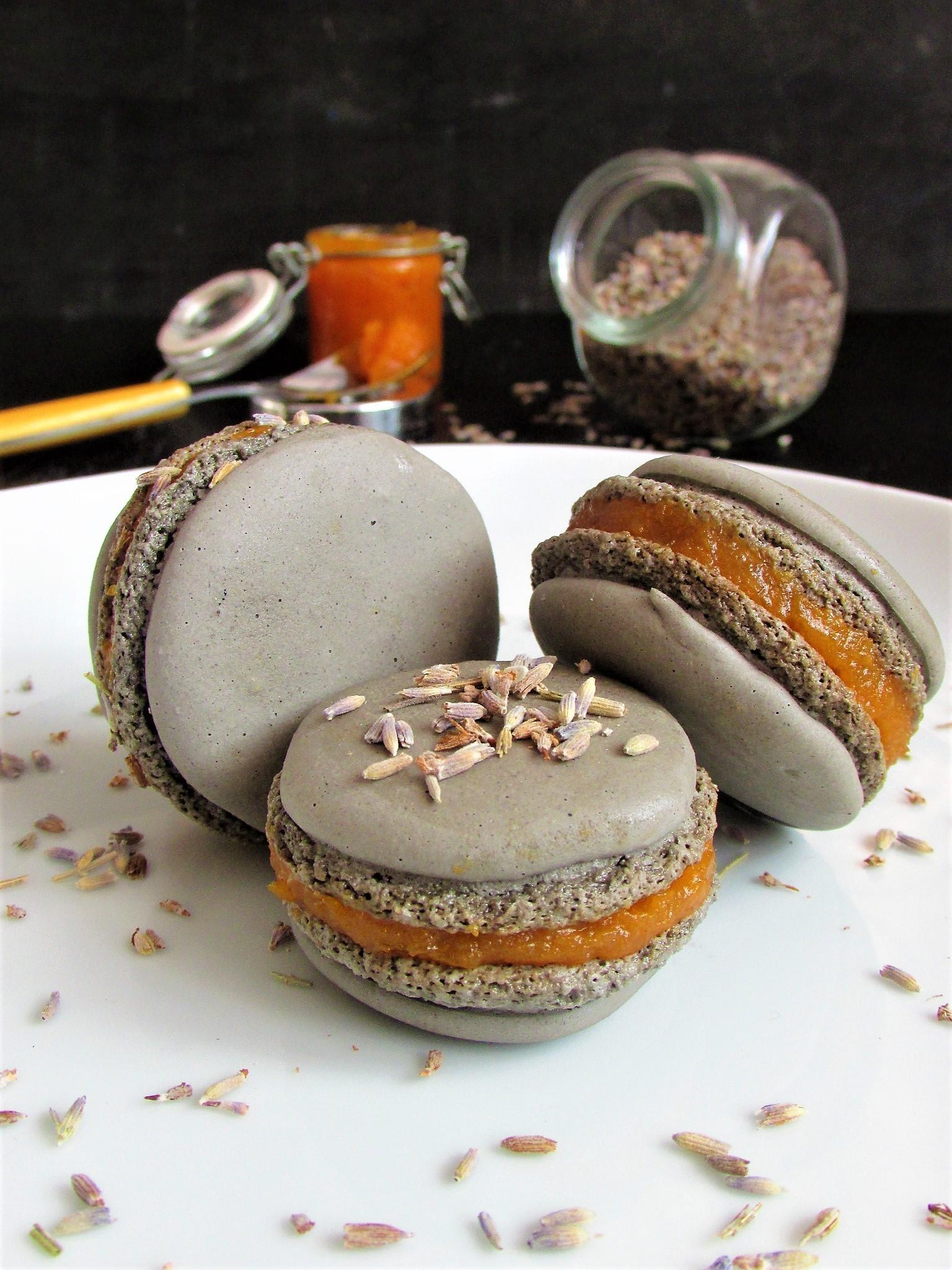 Les macarons imparfaits, ovvero macaron con composta di zucca al profumo di lavanda per l'MTC n. 62